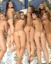 Sexy picture of 7 Girls !!