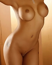Sexy picture of Carla Maria