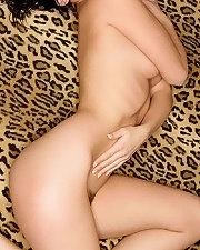 Sexy picture of Carlotta Champagne