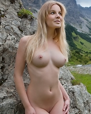 Hot photo of Nude Blonde