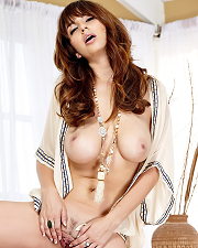 Hot photo of Shay Laren
